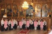 """В църквата """"Свето Въведение Богородично"""" деца и родители празнуваха Деня на християнското семейство и християнската младеж"""